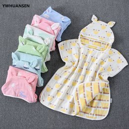 towel cape Canada - YWHUANSEN 60*60cm 6 Layers Gauze Hooded Beach Towel Cotton Baby Cape Towels Soft Poncho Kids Bathing Stuff For Babies Washcloth Y200429