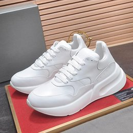 $enCountryForm.capitalKeyWord Australia - 2019 Mens Shoes Casual Lace Up Fashion Walking Tenis Oversized Design Luxury Casual Shoes for Men Chaussures pour hommes Male Footwears Hot
