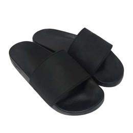 Original Logo Femmes et Hommes Couple Pantoufles Slide Sandales Chaussures Toboggan En Caoutchouc Sandale Plage Causal Pantoufle D'été Flip Flops Pantoufles De La Mode en Solde