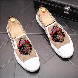 $enCountryForm.capitalKeyWord Australia - Fashion Men luxurious Designers street Trendy gentleman oxfords shoes Homecoming Male Wedding prom Dress flats Shoes W404