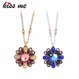 plastic halloween chain Australia - Red Blue Crystal Natural Stone Flower Necklaces Pendants Charming Zinc Alloy Chain Maxi Necklace Women Luxury