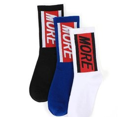 blue cotton men Australia - 2018 Hi-Street Socks Men s Letters Print Skateboards Stockings Men Women Cotton Casual Sports Socks Black White Blue OXH0109