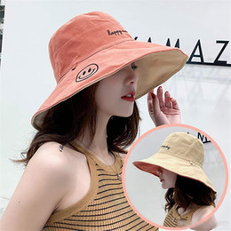toys trend 2019 - Double-sided fisherman hat lady trend Korean version Japanese fashion wild big edge sunscreen smiling face sunshade cap