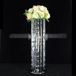 crystal wedding cake stands 2019 - New style acrylic crystal metal frame party wedding cake display stand best01182