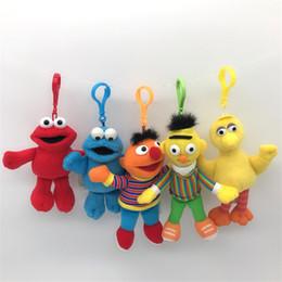$enCountryForm.capitalKeyWord Australia - Sesame Street Elmo Stuffed Plush Dolls Toys Keychain Anime Cute Soft Plush Stuffed Toy Doll Keychain Pendant 14cm 200pcs K281