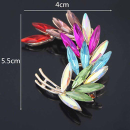 lead crystal christmas ornament Canada - High Archives Rose Jin Hejin Color Crystal Feather Brooch Lead Needle Exquisite Leaf Brooch Pin Clothes & Accessories Small Ornaments