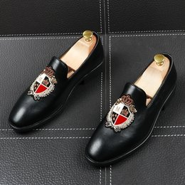 $enCountryForm.capitalKeyWord Australia - Memorable2019 Leisure Man Time Summer Set Tiptoe Head Black Increase Shoe Embroidery Hairstyle Division Small Leather Shoes Male
