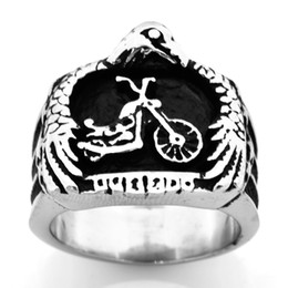 $enCountryForm.capitalKeyWord UK - FANSSTEEL Stainless steel punk vintage mens womens jewelry EAGLE HOLD THE MOTOR CYCLE biker ring GIFT FOR BROTHERS SISTERS FSR09W88