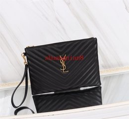 Men S Clutch Bags Australia - Paris style famous top quality men women classic fashion large and medium size Wristband clutch purse handbag Sac à main S-L1