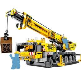$enCountryForm.capitalKeyWord NZ - 665pcs City Engineering Technic Machine Car Building Blocks Compatible Technic Enlighten Bricks Diy Toys For Kids Children Gifts J190722