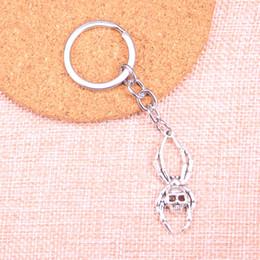 $enCountryForm.capitalKeyWord Australia - New Fashion skull spider halloween KeyChain Handmade Metal Keychain Party Gift Jewellery 40*16mm