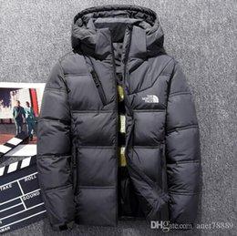 Опт Новые северная зима на открытом воздухе Мужчина одежды пуховиков Goose Parkas пальто сгущает держать теплую наружные толстовки верхней одежды Куртки сталкиваются