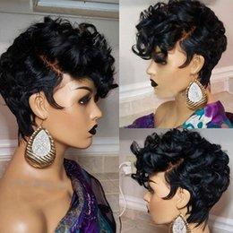Groihandel Best-Selling-schwarze kleine lockiges Haar Perücke Schwarze Dame Art und Weise kurze Hochtemperatur-Seide Chemiefaser Haube Hochwertige stiegen inneres Netz
