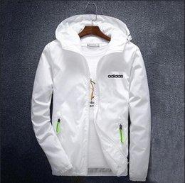 $enCountryForm.capitalKeyWord Canada - Mens Designer Coat with Logo Brand Hooded Jacket Solid Color Windbreaker Zipper for Men Sportwear Plus Size Clothes