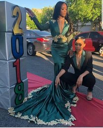 Taffeta Mermaid Prom Dresses Australia - Green Mermaid Evening Dresses With Gold Applique 2019 New Design Hot Selling Taffeta African Sexy Deep V-Neck Formal Prom Party Gowns E029