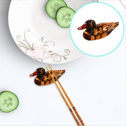 Discount kitchen spoon holders - 1PC Cute Duck Chopstick Stand Rest Rack Spoon Fork Traditional Irregular Chopsticks Holder Rack Frame Kitchen Tools