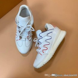 $enCountryForm.capitalKeyWord Australia - New Arrival Digital Exclusive ZigZag Sneakers White Bottoms, Flexible Rubber Sole and Chuncy Style Designed Men Running Shoes