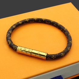 Claw bar online shopping - Hot sale flower pattern genuine leather with Gold magnetic snap in cm length for women and men luxury designer fashion jewelry top quality