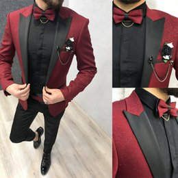 $enCountryForm.capitalKeyWord Australia - Sequins Burgundy Groom Wedding Tuxedos New Mens Prom Tuxedos Suits Slim Fit Black Peaked Lapel 2 Pieces Designer Jackets