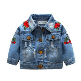$enCountryForm.capitalKeyWord NZ - 2019 Ins hot style European and American fashion Children Coat Girls Rose Embroidery Cats Denim Kids Jacket Girls Top