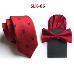 $enCountryForm.capitalKeyWord Australia - Fashion 6cm Desinger Skull Tie Sets for Men 100% Silk Narrow Necktie Paper Hanky Bowtie Set Halloween Costume