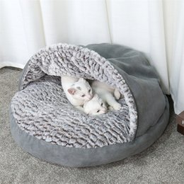$enCountryForm.capitalKeyWord Australia - High Quality Winter Warm Slippers Style Dog Bed Pet Dog House Lovely Soft House Bed For Cat Dog Soft Kennel Free shipping D19011506