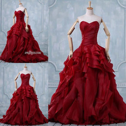Discount sexy custom cosplay - Burgundy Quinceanera Dresses New Romatic Ruffles Strapless Long Organza Formal Ball Gown Prom Cosplay Dress