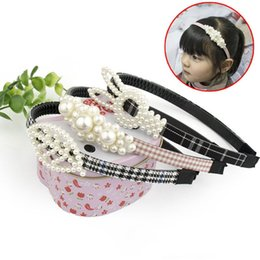 pearl bride UK - Women Pearl Leaves Headband Bride Wedding Party Headhoop Ladies Girl Headdress Beach Headwear Cute Hair Accessories