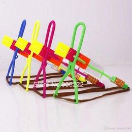 $enCountryForm.capitalKeyWord Australia - (20 pieces set) Novelty Kids LED Flying Toys Biggest Size Slingshot Amazing Arrow Helicopter For Birthday Party Supplies