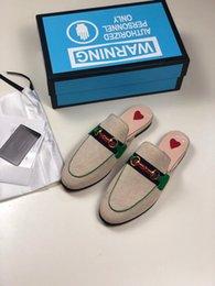 $enCountryForm.capitalKeyWord Australia - 2019 New Designer Luxury Slippers For Mens Women Fashion High Quality White Black Red Striped Sandals Causal Non-slip Summer Slip zx19071801