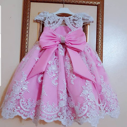 Royal balls online shopping - Pink Lace Flower Girl Dresses Off Shoulder Ball Gown Little Girl Wedding Dresses Vintage Communion Pageant Dresses Gowns F156