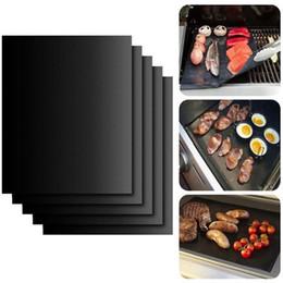 Vente en gros Barbecue Grill Tapis non-stick portable et réutilisable Marque Griller facile 33 * 40cm Noir Four Plaque de cuisson Tapis Barbecue outil EEA992