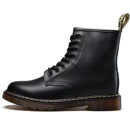 ae0d61b077 Marca de fábrica de los hombres botas Martens cuero invierno cálido zapatos  de la motocicleta para hombre botín Doc Martins piel hombres Oxfords zapatos