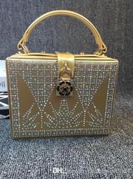 $enCountryForm.capitalKeyWord NZ - factory sales bag ladies handbag handmade custom acrylic rhinestones and diamond ladies handbag tote box lock high-end dinner