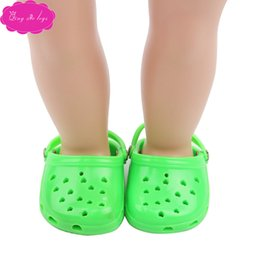 american shoe wholesalers UK - The new confectionery colored croc sandals, a summer 2020 hit, fit the 18-inch American doll shoe c36