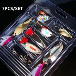 flying lures NZ - Cheap Fishing Lures 7PCS SET Carp Flying Fishing Tackle With Treble Metal Peche Long Shot Hard Lure Wobbler Feather Spinner Gear Bait