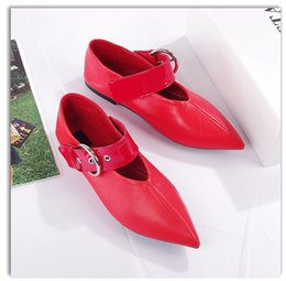 Ce Shoes NZ - best quality! U523 34 40 2 COLORS GENUINE LEATHER POINTY BELT FLATS shoes casual mary jane ce runway celeb fashion vogue black red slide