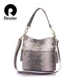 $enCountryForm.capitalKeyWord Australia - REALER brand genuine leather bags for women shoulder messenger bags bucket tote crossbody bag female handbag hobos tassel 2019 Y190606