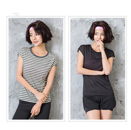 Yoga Pants Jacket UK - Fashion Brand Designer Designs Lady's Stripe T shirt Summer Lu Yoga breathable jacket Four colours optional