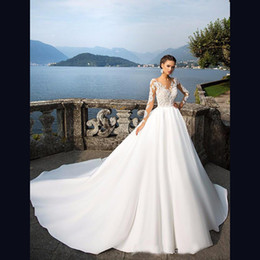 $enCountryForm.capitalKeyWord NZ - Atmospheric Long-sleeved Wedding Dresses Small Round Neck Perspective Thin Mesh Lace Satin Cloth Big Trailing Castle Bride Dresses