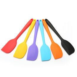 Wholesale Grade Kitchen Silicone Cream Butter Cake Spatula Mixing Batter Scraper Butter Mixer Cake Brushes Baking Tool Kitchenware