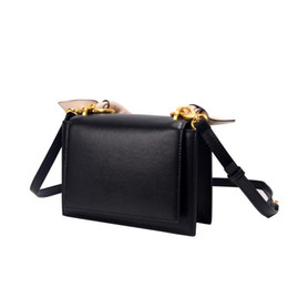 $enCountryForm.capitalKeyWord NZ - Beach Bag Woman 2019 Single Shoulder Small Square Package Genuine Leather Handbag Crossbody Bags New Design Fashion For Women korean Style
