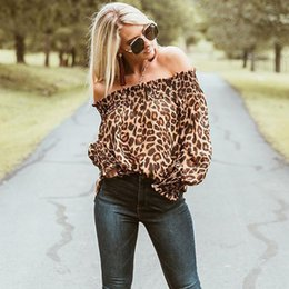 Primavera Donna Off Shoulder Shirts 2018 Autunno Sexy Fashion Blouse Femmina Leopard Print Loose Low Cut Ruffle Clothes Top Clubwear