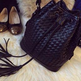 $enCountryForm.capitalKeyWord NZ - Foreign Trade Handbags Hand-woven Bucket Bag Handbags Original Single Tail Goods Shoulder Diagonal Portable Simple Classic Bucke