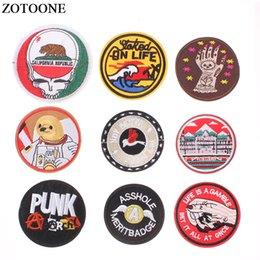 $enCountryForm.capitalKeyWord Australia - ZOTOONE Round Punk Embroidered Iron on Patches for Clothing Cheap DIY Letter Motif Stripes Clothes Stickers Astronaut Badges E