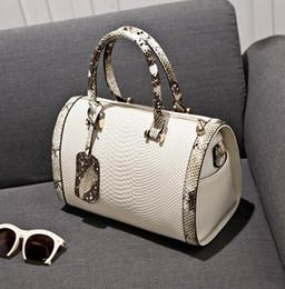 $enCountryForm.capitalKeyWord Australia - Pink sugao luxury handbag chain shoulder bag designer Messenger bag designer women's handbags and wallet Mletter new fashion