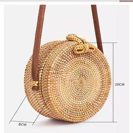 $enCountryForm.capitalKeyWord Australia - LlSM Vintage Handmade Rattan Woven Shoulder Bags PU Leather Straps Bow Hasp Holiday Beach Crossbody Bag Messengers Women Handbag