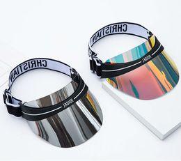 Vente en gros 2019 dernière conception couleur éblouissante chapeau transparent PC chapeau lunettes de soleil en plein air