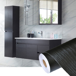 Опт PVC Self Adhesive Waterproof Black Wood Wallpaper Roll For Furniture Door Desktop Cabinets Wardrobe Vinyl Wall Contact Paper