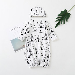 pajamas hat NZ - Baby Gowns Newborn Girls Boys Cartoon Pattern Sleeping Clothes Cotton Sleepwear Gown Robes Clothes With Hat